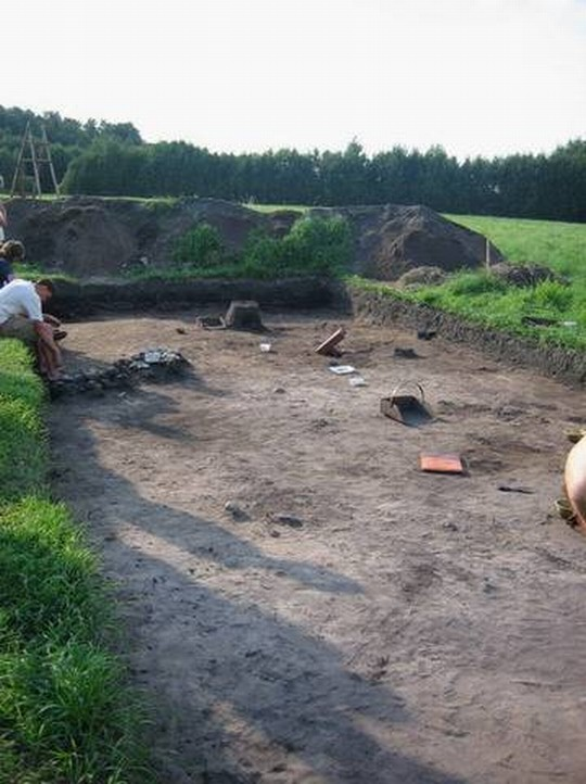 Arheoloogilised välitööd. Foto: Jaak Paenum, 27.09.2005.