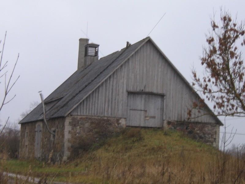 Malla mõisa rehi :16023  vaade  läänest  Autor ANNE KALDAM  Kuupäev  09.11.2010