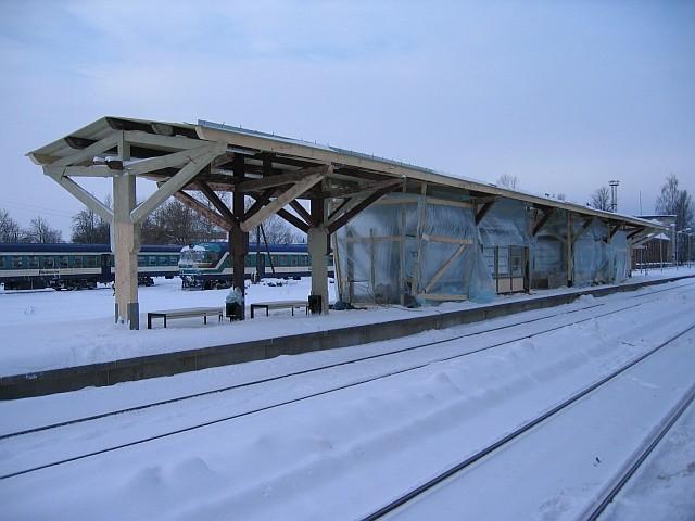 Vaksali 6 raudteerööbaste vaheline ooteplatvorm Foto Egle Tamm 13.12.2010