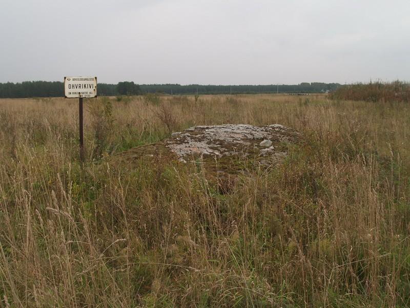 Lohukivi reg nr 10523. Foto: Tõnno Jonuks, 13.09.2010.