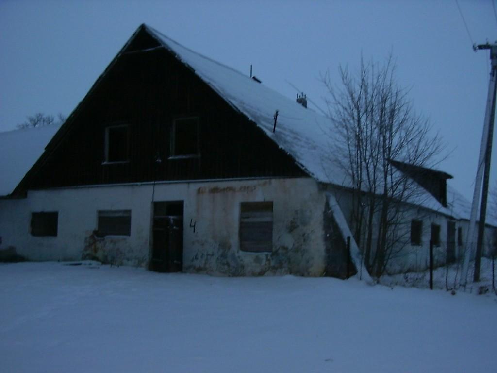 Imastu mõisa karjalaut 2 reg nr 15781  Autor I. Raudvassar  Kuupäev  30.12.2005