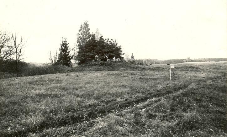 Maa-alune kalmistu. Foto: M. Pakler, 11.10.1979.