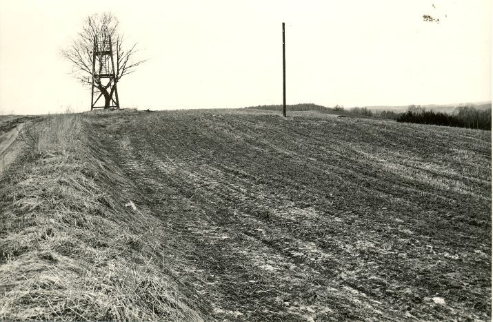 Maa-alune kalmistu - idast. Foto: M. Pakler, 06.05.1981.