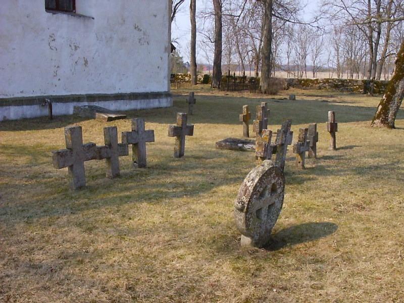 Kirikust idas.  Autor Kalli Pets  Kuupäev  26.04.2006