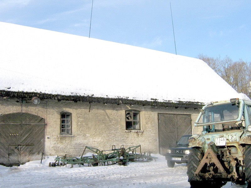 Arkna mõisa hobusetall : 15754, vaade siseõuest, keskmisele osale  Autor Anne Kaldam  Kuupäev  04.02.2011