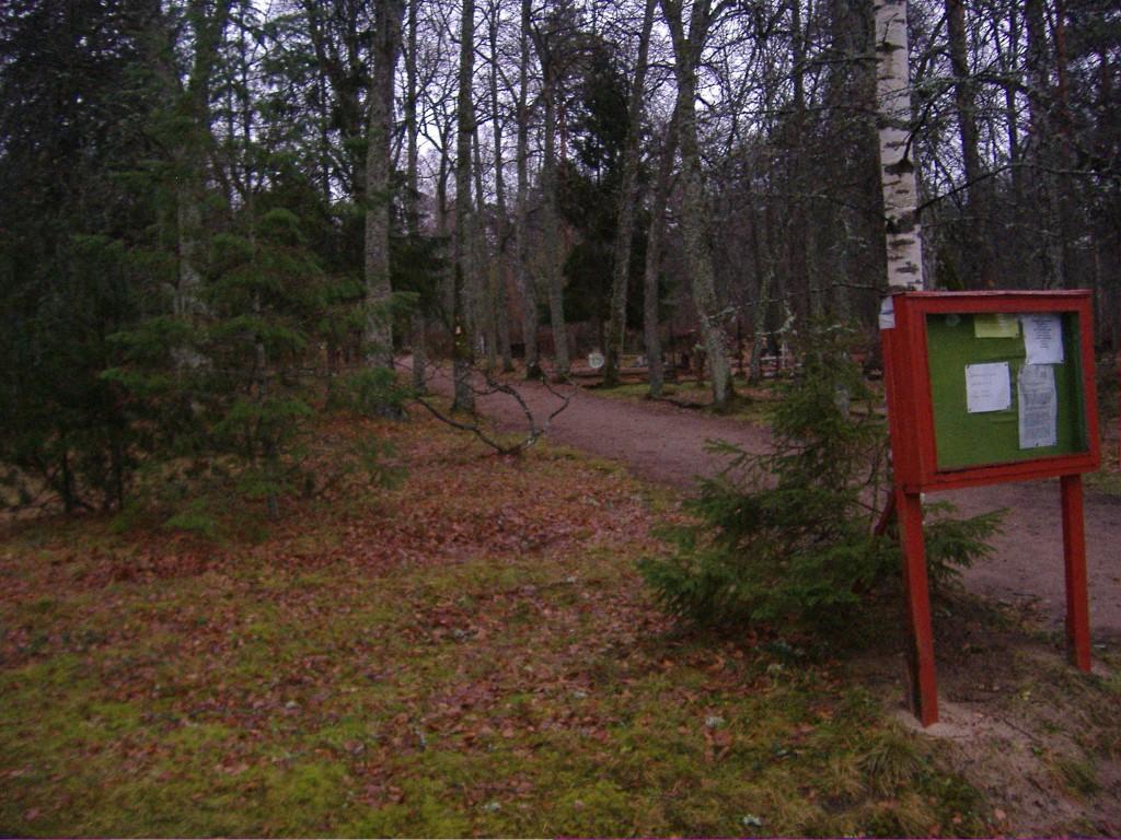 Vaade Kuusalu kalmistule.  Autor Ly Renter  Kuupäev  23.11.2006