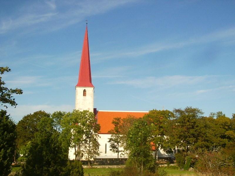 Vaade kaugelt. Foto: Lilian Hansar. Kuupäev  01.10.2006