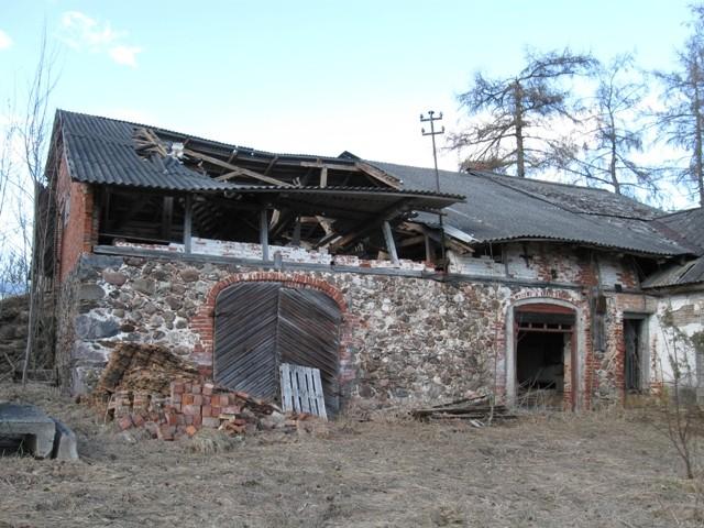 Sõmerpalu mõisa viinakelder-elamu, 19 saj. II pool. Foto Tõnis Taavet, 19.04.2011.