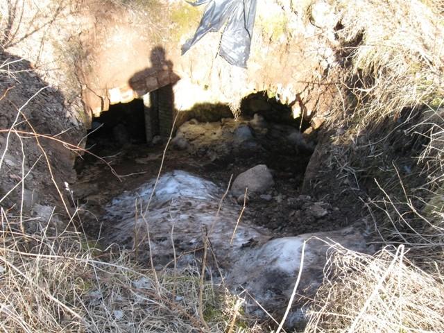 Sõmerpalu mõisa kelder, 19 saj. II pool. Foto Tõnis Taavet, 19.04.2011. Sisselangenud keldrivõlv.