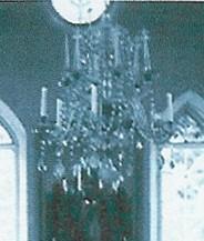 Kroonlühter kuue tulega, 18. saj.? (kristall). Uues kirikus. Foto: enne 1944