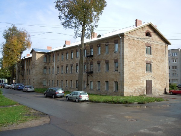 Kreenholmi elukasarm Kalda tn. 8. Foto: Madis Tuuder. 29.09.2011