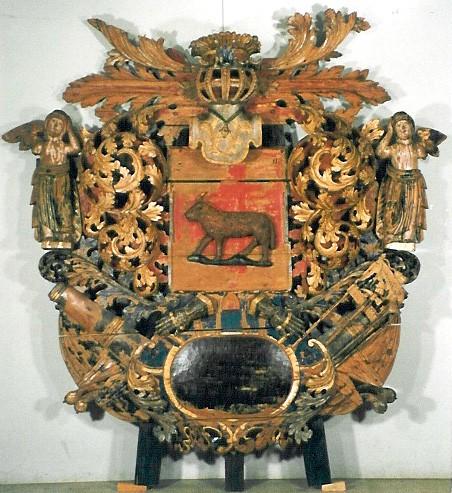 J. v. Baranoffi vappepitaaf. 18. saj. I veerand (puit, polükroomia). Foto: Toomkiriku vapitöökoda 2000