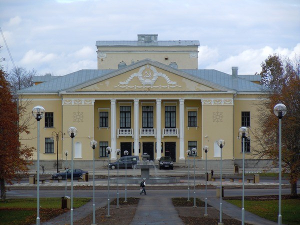 Kohtla-Järve kultuurimaja. Foto: Madis Tuuder. 11.10.2011