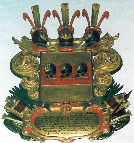 J. J. F. Schillingi vapp-epitaaf. Umb. 1860 (puit, polükroomia). Foto: Toomkiriku vapitöökoda 1996