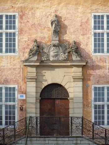 Narva raekoja portaal. Foto: Madis Tuuder. 25.10.2011