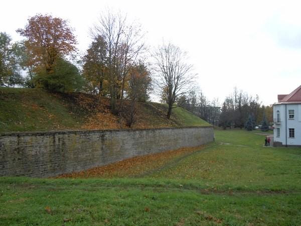 """Narva linnakindlustused (bastion """"Triumph""""). Foto: Madis Tuuder. 25.10.2011"""