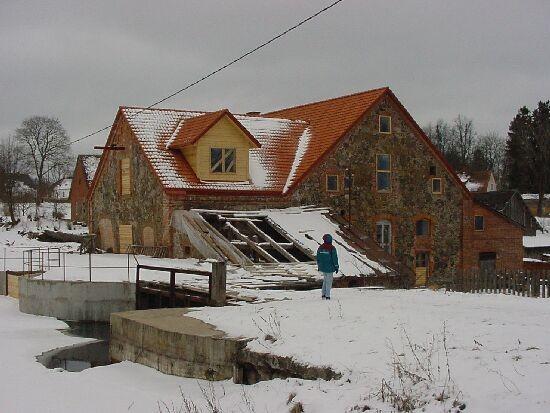 Vaade tammilt Õisu vesiveskile Foto Jaan Vali 20.02.2003