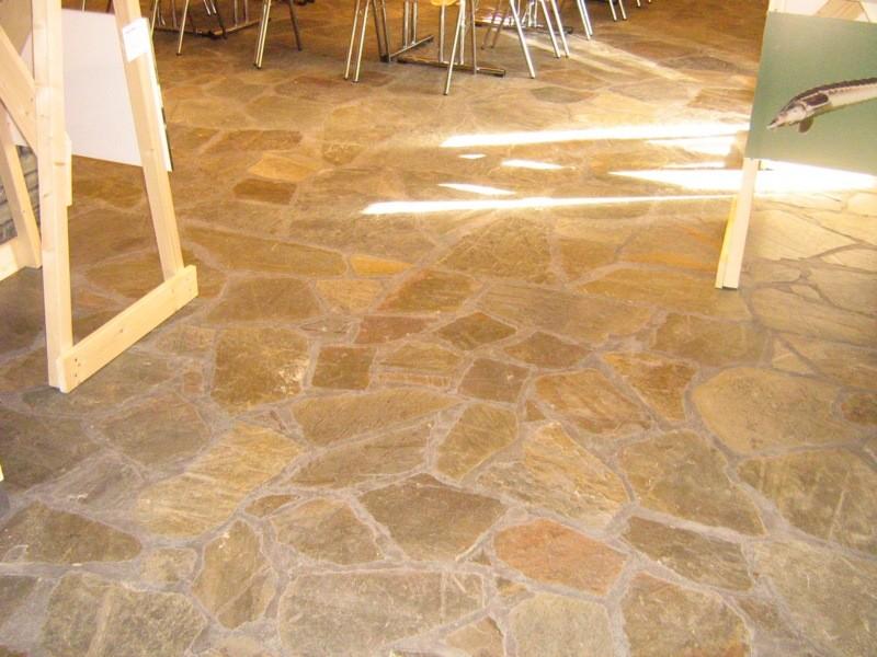 Pürksi aida põrand. Kalli Pets, 27.09.2011 010
