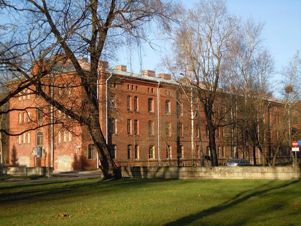 Kreenholmi elukasarm, Haigla tn. 4. Foto: Madis Tuuder. 10.11.2011