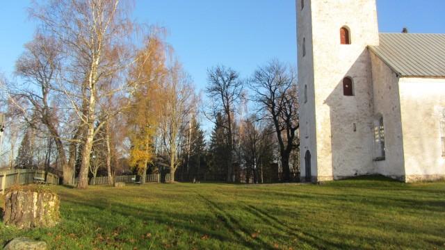 Vaade kirikaiale edelast. Foto: Karin Vimberg, 15.11.2011.