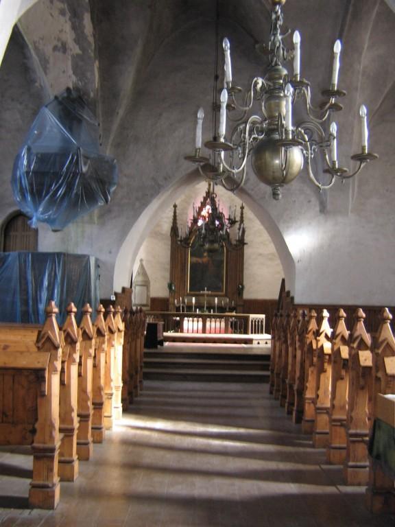 Haljala kirik .nr.15647. katuse remont ,pikihoone sisevaade lidasse  Autor Anne Kaldam  Kuupäev  15.03.2007