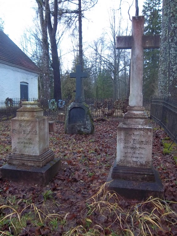 Von Lilienfeldi rahula Rapla kalmistul. K. Klandorf 20.12.2011