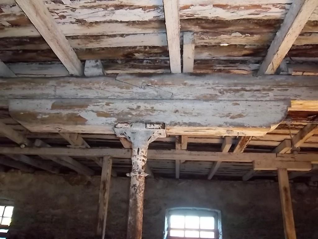 Kuusiku mõisa karjakastelli vahelagede kandekonstruktsioon. K. Klandorf 15.11.2011