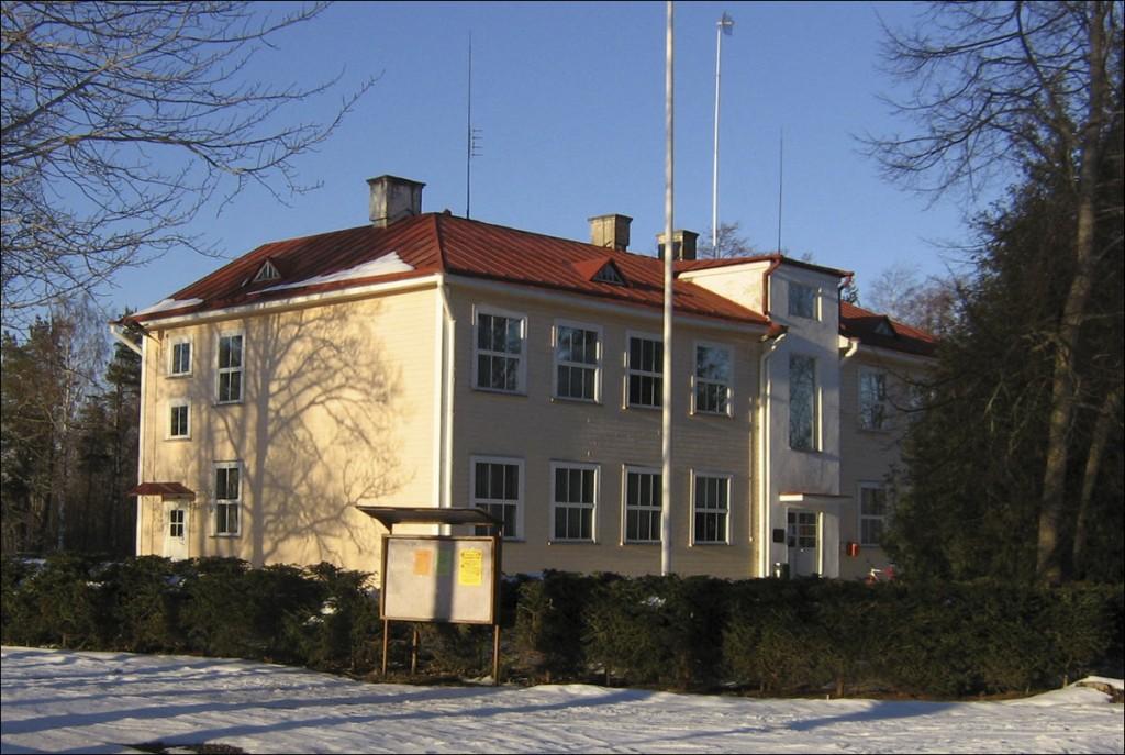 Leisu koolimaja  Autor D. Lukas  Kuupäev  26.03.2006