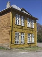 Kärdla koolimaja  Autor D. Lukas  Kuupäev  17.05.2006