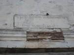 Esifassaadi ukse kohal olev ehiskivi. Foto: R. Peirumaa 19.03.2012