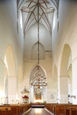 Pikilööv, vaade koori suunas. Foto Arne Maasik 2009