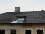 15664 Kihlevere mõisa peahoone, vaade põhjast, näha katuselt läbijooksu koht. . 08.11.2012 Anne Kaldam