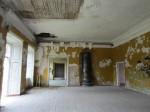 15664 Kihlevere mõisa peahoone, II korruse saal, avad lahti, laes läbijooksud. 08.11.2012 Anne Kaldam