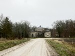 15872 Võhmuta mõisa väravahoone, vaade läänest, näha mõisasse sissesõit.15.11.2012 Anne Kaldam