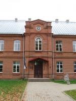 Rõuge kihelkonnakooli hoone. Foto Tõnis Taavet, 10.10.2012.