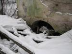 Pada mõisa vesiveski, reg. nr 16040. Vaade lõunast veski pealevoolu kanalile. Foto: M.Abel, kuupäev 30.01.2013