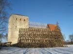 Pöide kirik 01.02.2013. Vanad fermid on maha võetud ja uued peale tõstetud. Foto: Rita Peirumaa, 1.02.2013