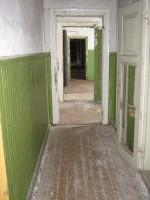Aluvere külakooli hoone, reg. nr 5782. Hoone sisemised vaated. Foto; Mirjam Abel, kuupäev 12.04.2013