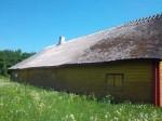 Hageri vennastekoguduse palvemaja tagakülje vaade, 2012. a suvel taastatud katus. K. Klandorf 06.06.2013.