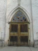 Kullamaa kiriku lääneuks. Foto: Kalli Pets, 10.09.2013