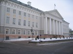 Tartu Ülikooli peahoone eestvaates. Foto Egle Tamm, 10.03.2011.