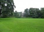 Vaade Kurisoo mõisa pargi esiväljakule peahoone eest. Foto Silja Konsa 28.08.2014.