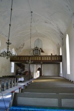 Lihula kiriku sisevaade lääne suunas. Foto: Ülle Jukk, 06.08.2014