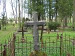 Matmispaik Halliste kalmistul Foto Anne Kivi  05.05.2008