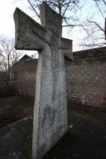 Monumendi paasist risti tagumine krutsifiksiga pool. Foto: E. kangor, 21.12.12015.a