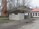 Kärdla reservelektrijaama direktori auto varjualune, vaade idast Autor K.Koit Kuupäev  07.04.2016