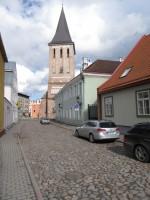 Vaade Jaani kirikule Lutsu tänavalt. Foto Egle Tamm, 19.04.2016.