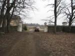 Pada mõisa piirdemüürid :16031, vaade pargist -lõunast piirdemüüri väravatele  Autor Anne Kaldam  Kuupäev  23.03.2007