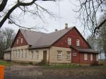 Pilistvere Laenu-Hoiu ühisuse hoone Autor Anne Kivi  Kuupäev  28.10.2008
