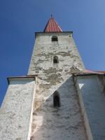 Kihelkonna kiriku torni läänepoolne külg. Foto: K. Saks, 02.06.2016